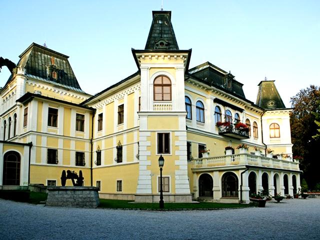 Betliar Manor Houise