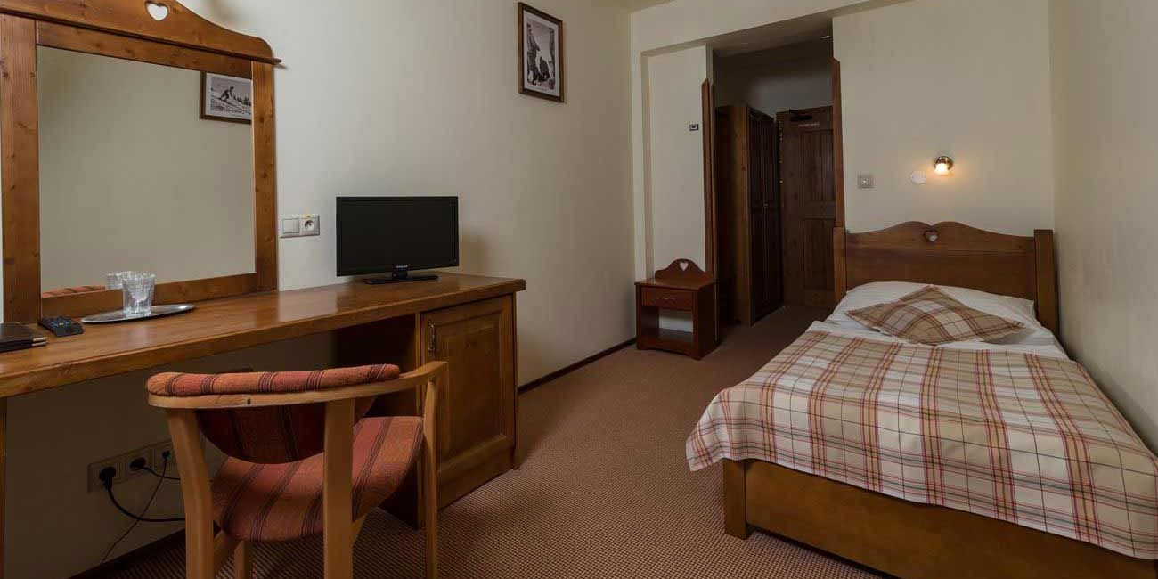 Economy Room - Oтель Cки и  Beллнecc Peзидeнц Дружба / Hotel Ski & Wellness Residence Druzba
