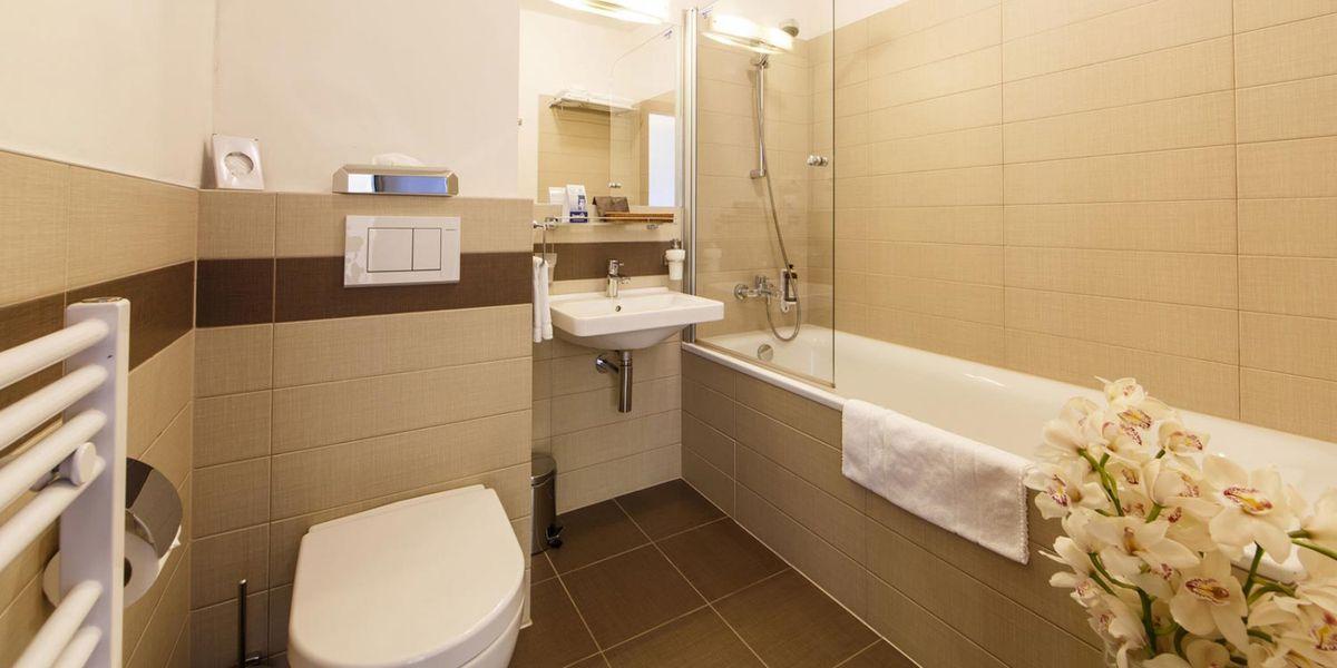 Deluxe Bathroom - Hotel FIS Jasna