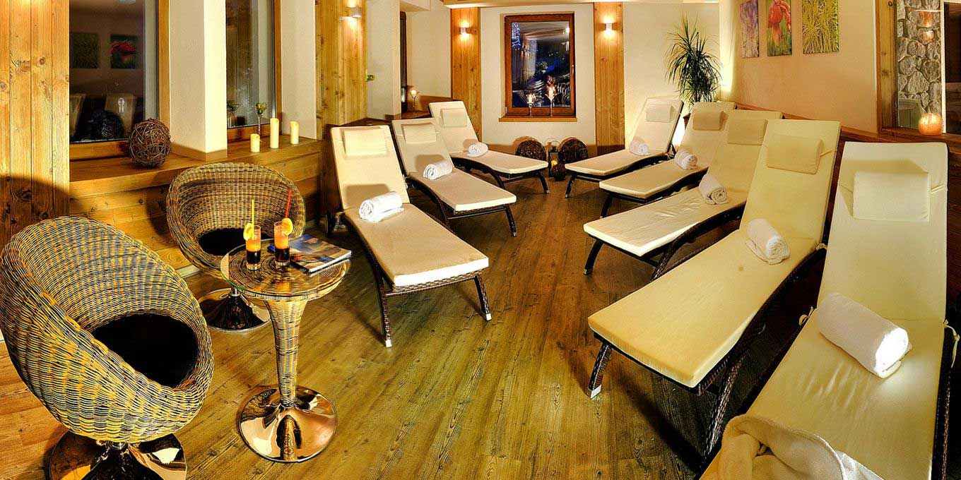 Natural Wellness Center - FIS Hotel
