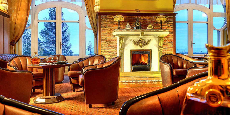 Castro Cafe - Гранд Отель / Grand Hotel