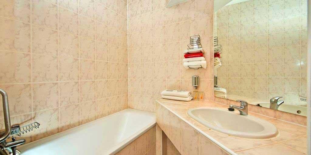 Bathroom - Hotel Sorea Uran