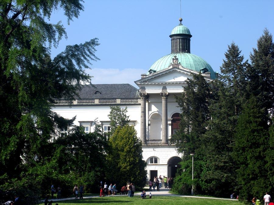 Topolcianky Castle