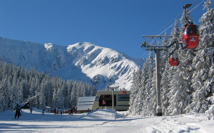 Skiing in Jasna