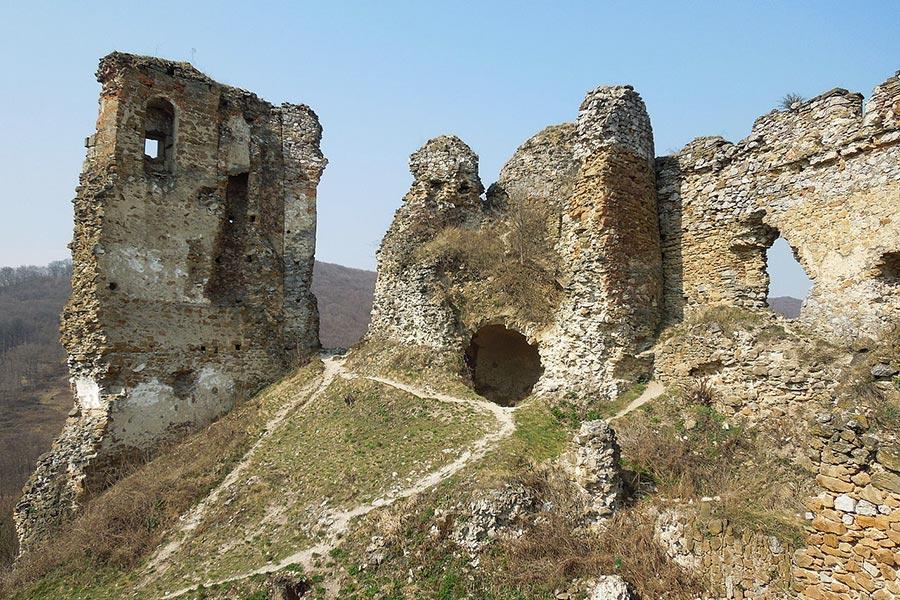 Slovakia Tours from Bratislava - Cicava castle