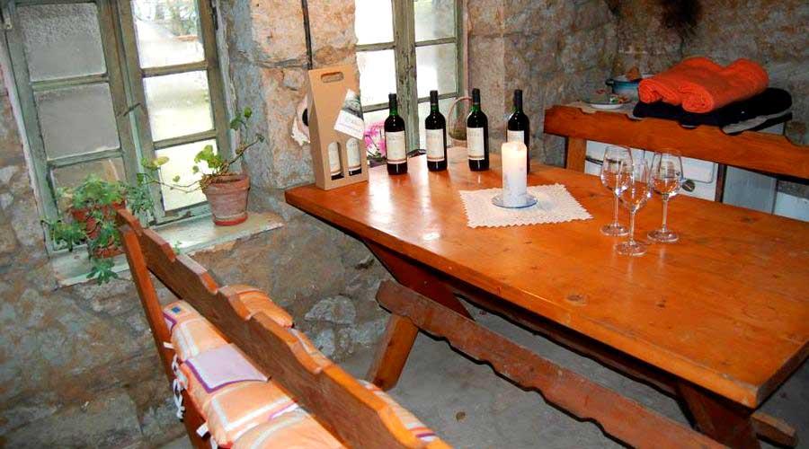 Tekov Wine Route - Brhlovce Tuff Cellar