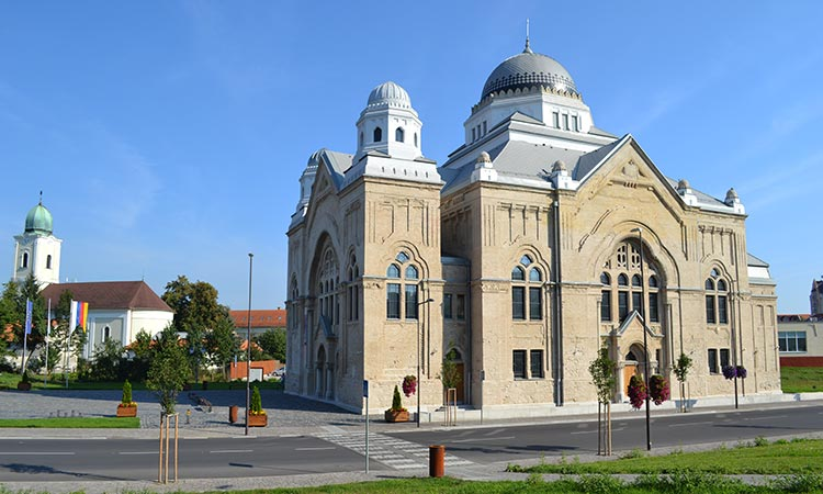 Synagogue Lucenec