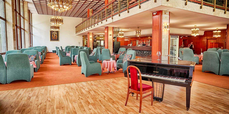 Park Cafe - Esplanade Ensana Health Spa Hotel