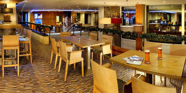 Restaurant - Отель Фиc / Hotel Fis
