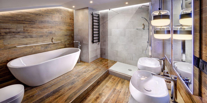 Deluxe suite bathroom - Grand Hotel