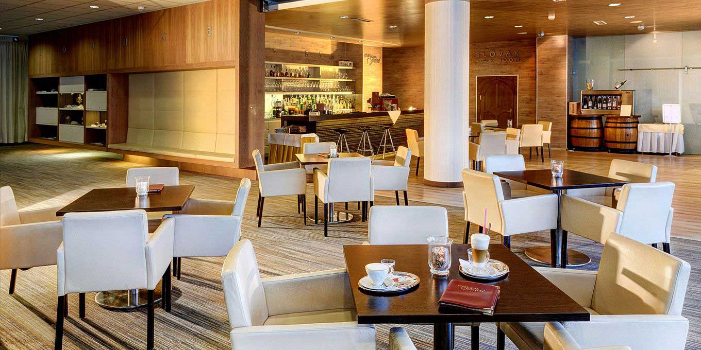 Lobby - Grand Hotel