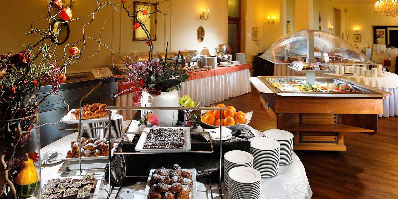 Breakfast buffet - Grandhotel Praha