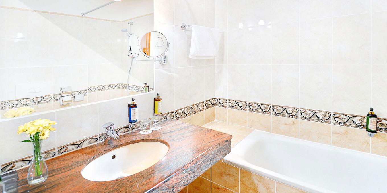 Classic bathroom - Grandhotel Praha