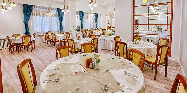 Restaurant - Jalta Ensana Health Spa Hotel