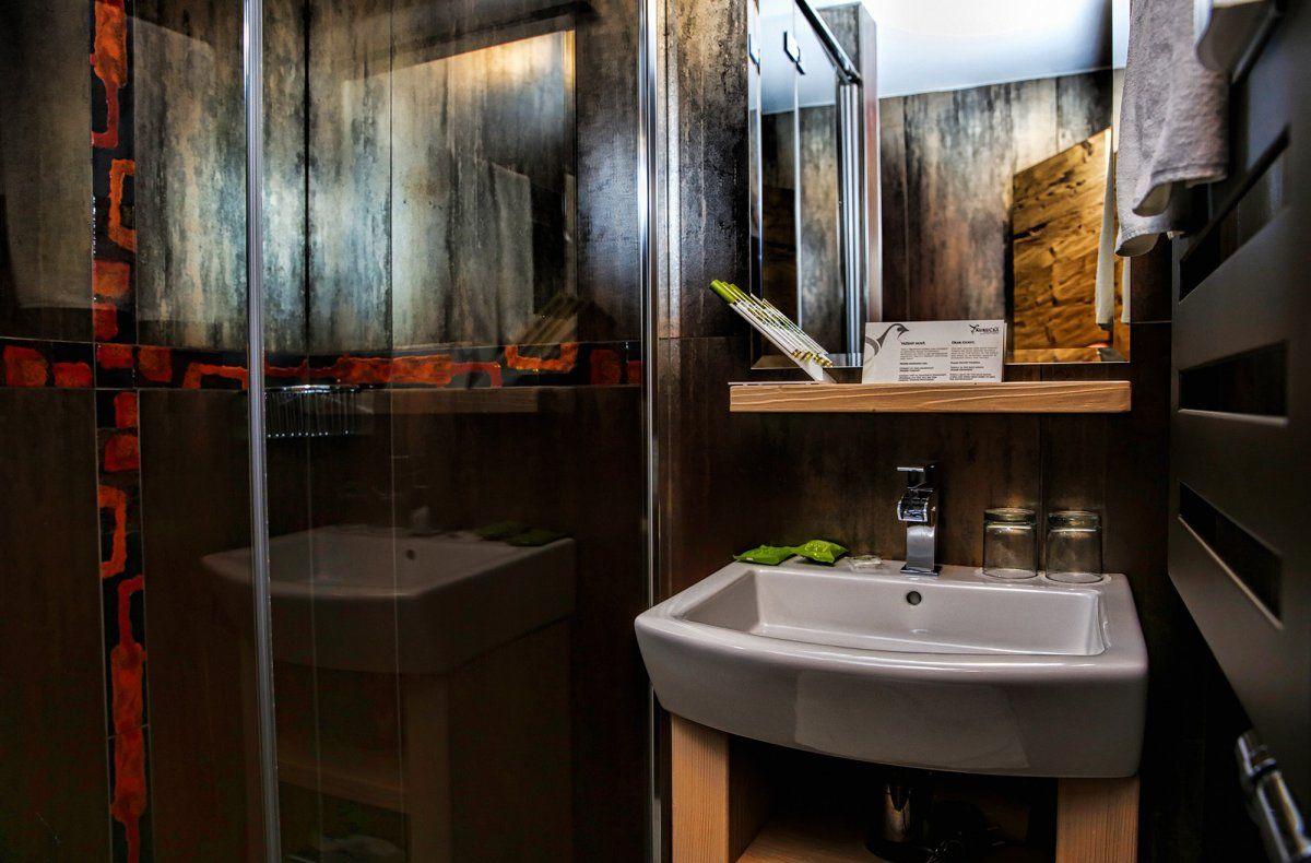 LUX Bathroom - APLEND Kukucka Hotel