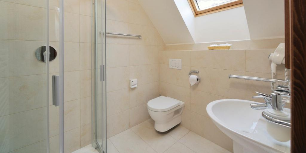 Bathroom - Отель Микулaшcкa Xaтa / Hotel Mikulasska Chata