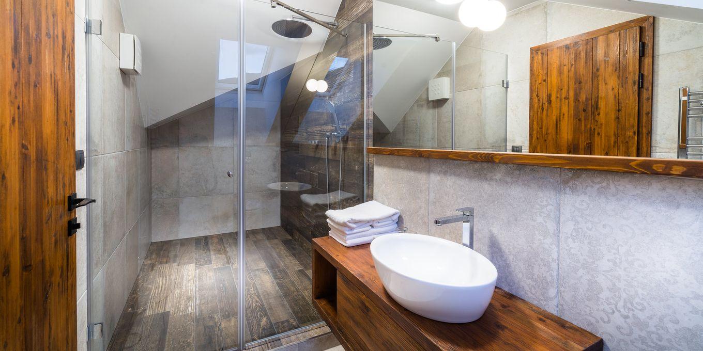Apartment bathroom - Posta Boutique Hotel