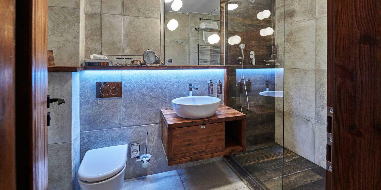 Bathroom in Deluxe Room - Posta Boutique Hotel