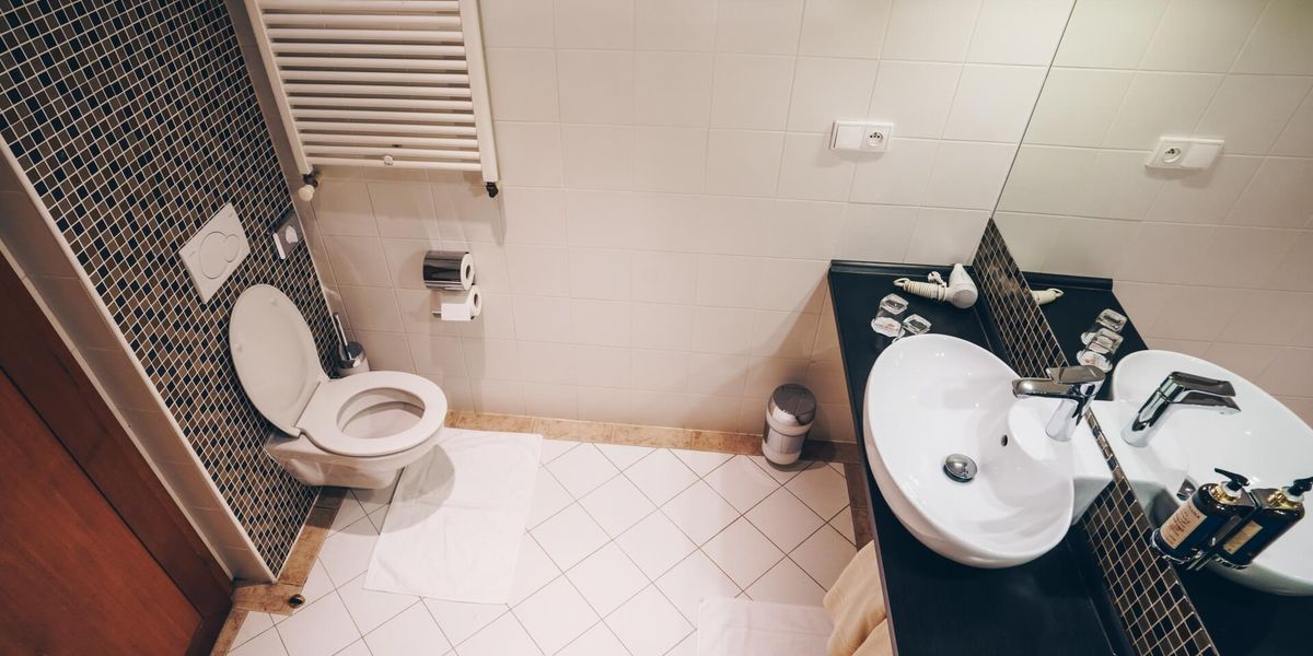 Standard bathroom - Cпa Отель Cолиcкo / Spa Hotel Solisko