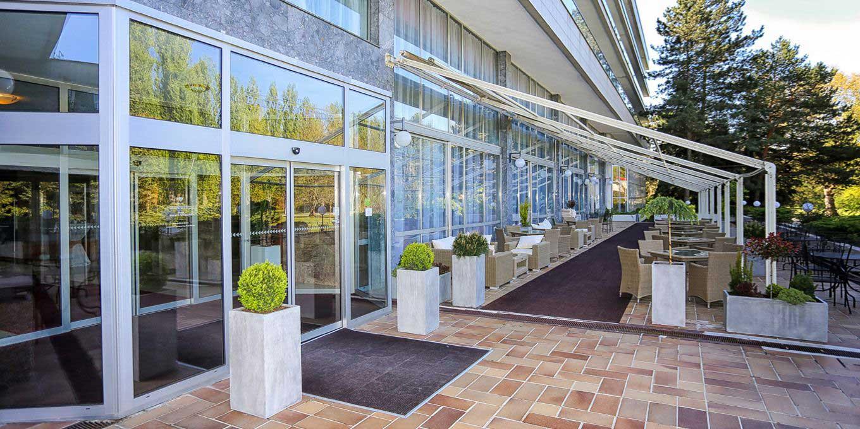 Summer terrace - Splendid Ensana Health Spa Hotel