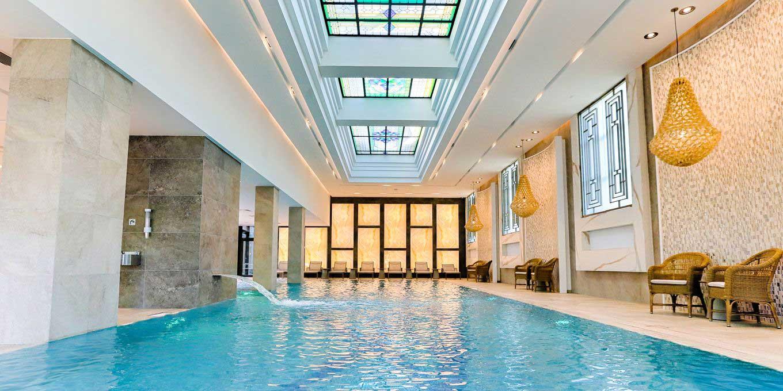 Swimming pool - Thermia Palace Ensana Health Spa Hotel