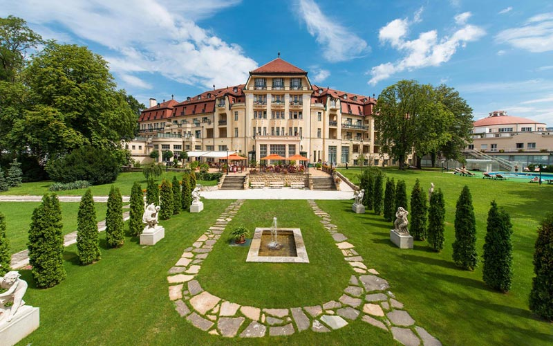 Health Spa Resort Thermia Palace, Piestany
