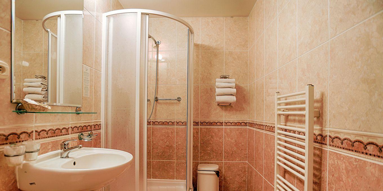 Standard bathroom - Vila Trajan