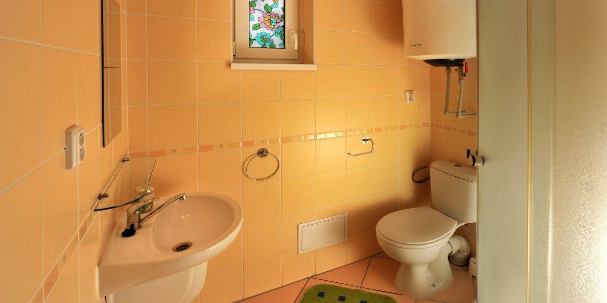 Bathroom - APLEND Villa Studios