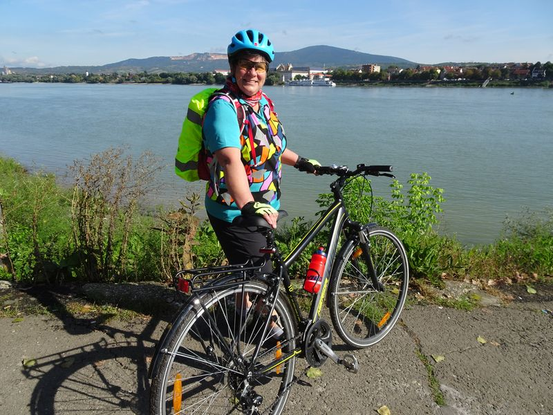 Cycling route along the Danube